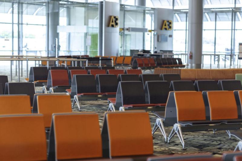 Wi-Fiレンタル店、空港内店舗と空港郵便局の違い